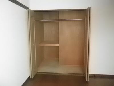 洋室 収納