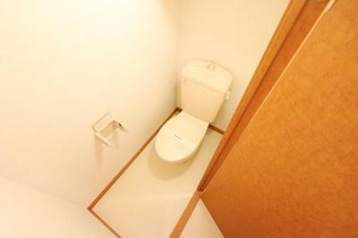 風呂、トイレ別々です