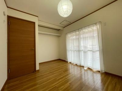 【居間・リビング】明石市東野町貸家