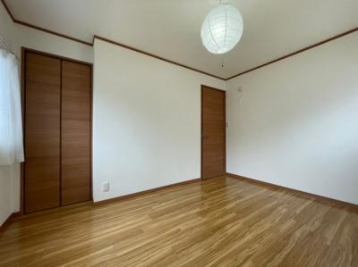 【寝室】明石市東野町貸家