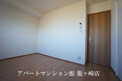 【寝室】Grandezza(グランデッツア)