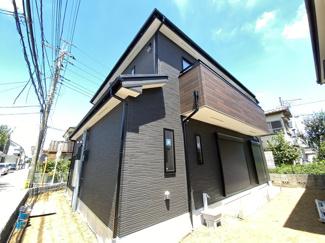 新京成線「鎌ヶ谷大仏」駅バス10分高野台2丁目停歩3分の全1棟の新築一戸建です。新京成線「二和向台」駅は徒歩20分です。