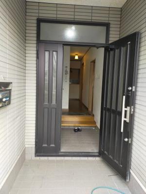 【玄関】鶴見区安田1丁目中古戸建て