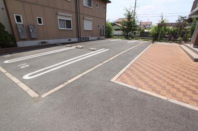【駐車場】ヴィラコートC