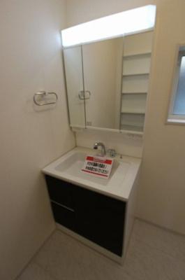 独立洗面台です:建物完成しました♪♪毎週末オープンハウス開催♪八潮新築ナビで検索♪