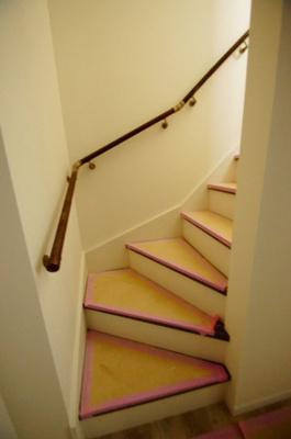 「ロフトへは階段なので上り下り安全です」
