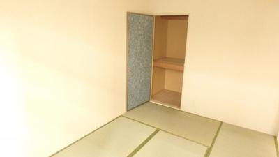 同じ間取りの別の部屋の写真です。現況優先とします。