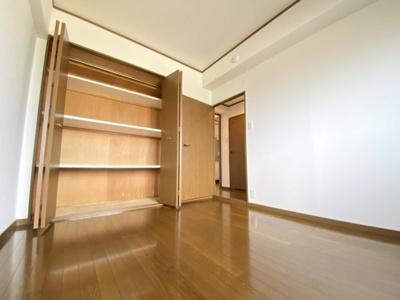 同じ間取りの別の部屋写真です