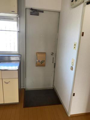 【玄関】ビレッジMIYA