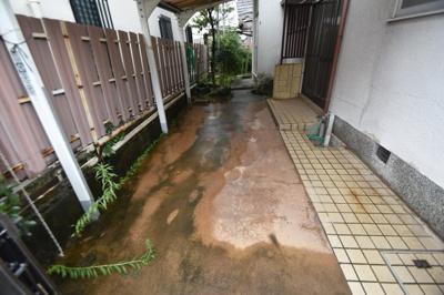 【駐車場】竹の内町貸家 (株)Roots