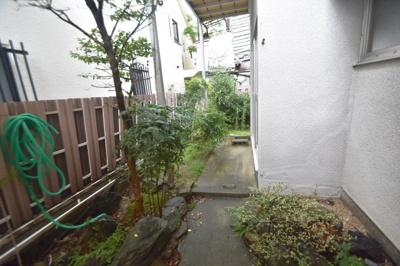 【庭】竹の内町貸家 (株)Roots