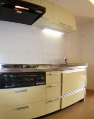 【キッチン】コンフォリア三宿 礼金0 2人入居可能 浴室乾燥機 猫3匹可