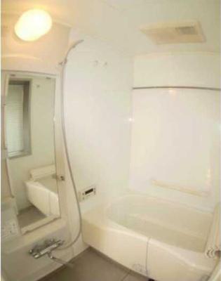 【浴室】コンフォリア三宿 礼金0 2人入居可能 浴室乾燥機 猫3匹可