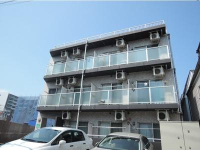 京浜急行線「梅屋敷駅」徒歩圏内のマンションです。