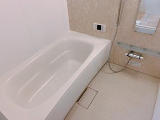 ゆったり過ごせるお風呂です同型タイプ
