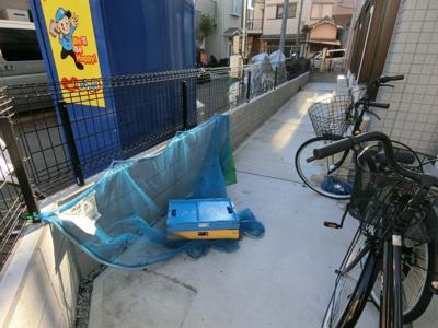 自転車置き場&ゴミ置き場