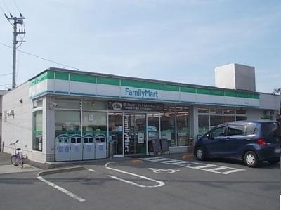 ファミリーマート堀江店様まで800m