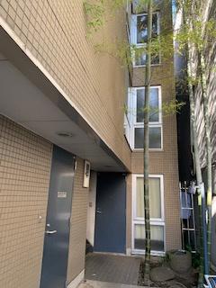 【エントランス】三軒茶屋ホーム 事務所可 駅近 室内洗濯機置場