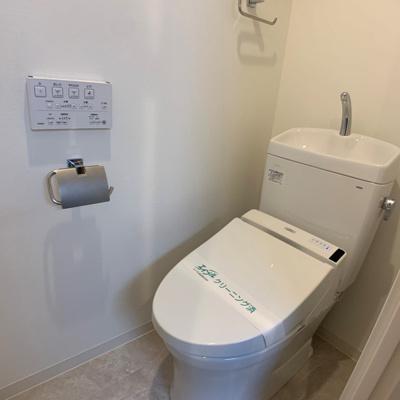 温水便座機能付きトイレ☆