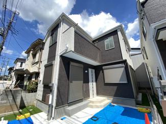 京成本線「京成八幡」駅徒歩17分の全2棟の新築一戸建てです。