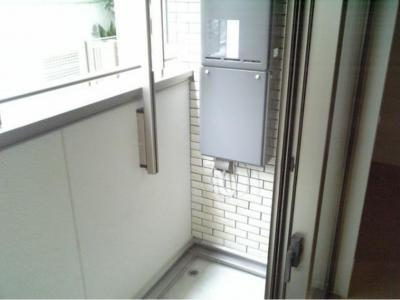 【バルコニー】ポリフォニー 独立洗面台 浴室乾燥機 オートロック