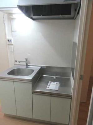 【キッチン】ヴィラヴェール太子堂 WiFi無料(1G) 独立洗面台 浴室乾燥機