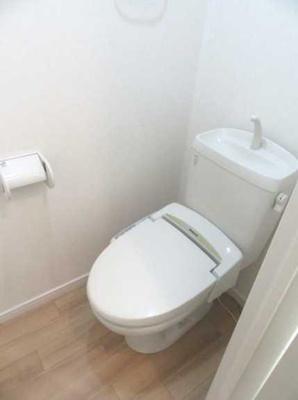 【トイレ】ヴィラヴェール太子堂 WiFi無料(1G) 独立洗面台 浴室乾燥機