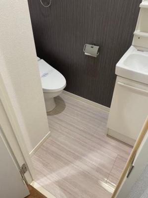 トイレと洗面所は同室です