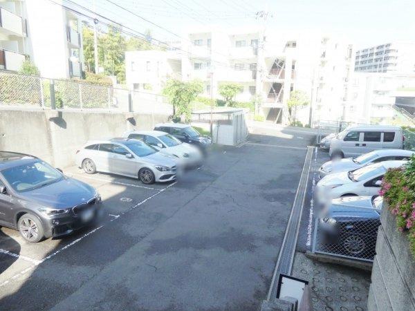 【駐車場】たまプラーザ美しが丘スカイマンションAウイング