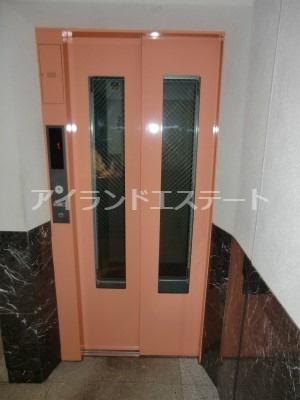 【その他共用部分】COZYCOURT三軒茶屋TOKYO 駅近 浴室乾燥機 独立洗面台 宅配BOX