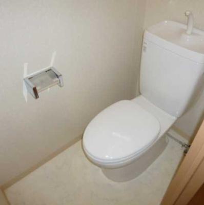 【トイレ】COZYCOURT三軒茶屋TOKYO 駅近 浴室乾燥機 独立洗面台 宅配BOX