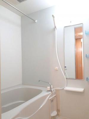 【浴室】アン ディマンシェ B
