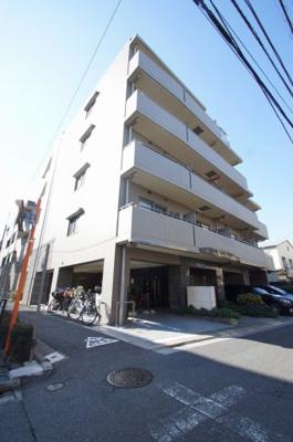 京急本線「平和島」駅より徒歩圏内の分譲賃貸マンションです。