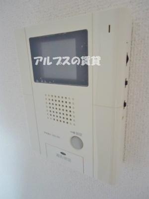 来訪者の確認が出来るモニター付きインターホン(同一仕様)