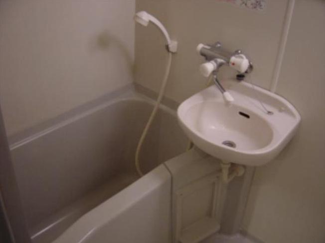 【浴室】フェニックス笹塚弐番館