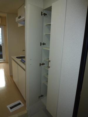 タップリと収納できる「シューズボックス」つき玄関