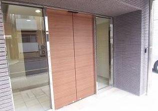 【エントランス】ラグジュアリーアパートメント王子神谷