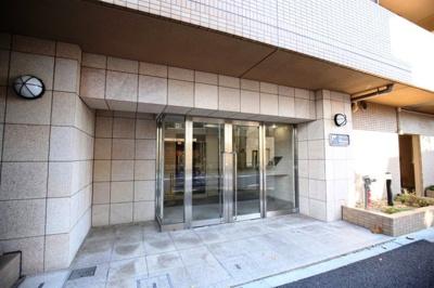 【エントランス】スカイコート新宿落合南長崎駅前