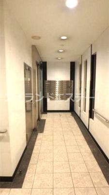 【ロビー】シンシア三軒茶屋太子堂 バストイレ別 浴室乾燥機 オートロック