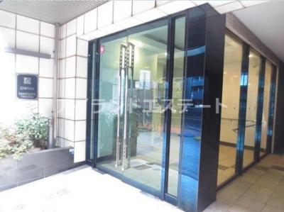 【エントランス】シンシア三軒茶屋太子堂 バストイレ別 浴室乾燥機 オートロック