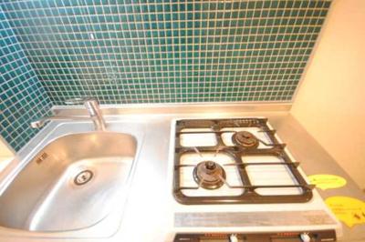 【キッチン】シンシア三軒茶屋太子堂 バストイレ別 浴室乾燥機 オートロック