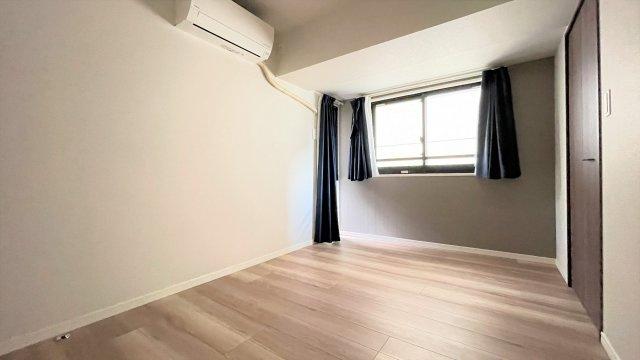 6帖洋室にはウォークインクローゼットがあるため、居住スペースを広くお使い頂けます。
