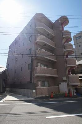 京浜急行線「天空橋」駅より徒歩3分の駅近マンションです