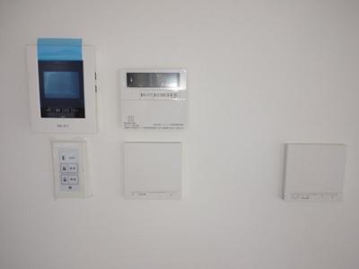 LDKに床暖房が3か所付いています。