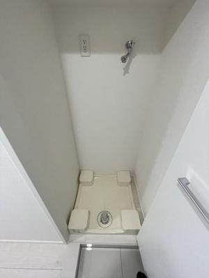 防水パン付きの洗濯機置場です。.