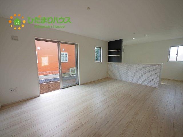 【前面道路含む現地写真】牛久市さくら台5期 新築戸建