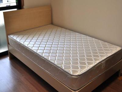 室内設備(ベッド)