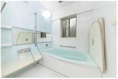 浴室換気暖房・乾燥機有ります!