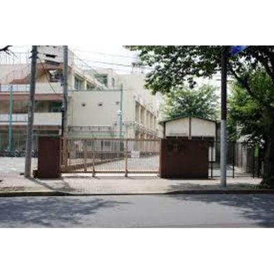 中学校「三鷹市立第六中学校まで591m」