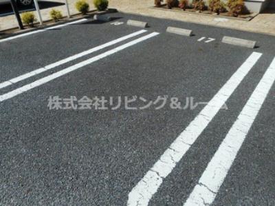【駐車場】メゾンド・プラシード B棟